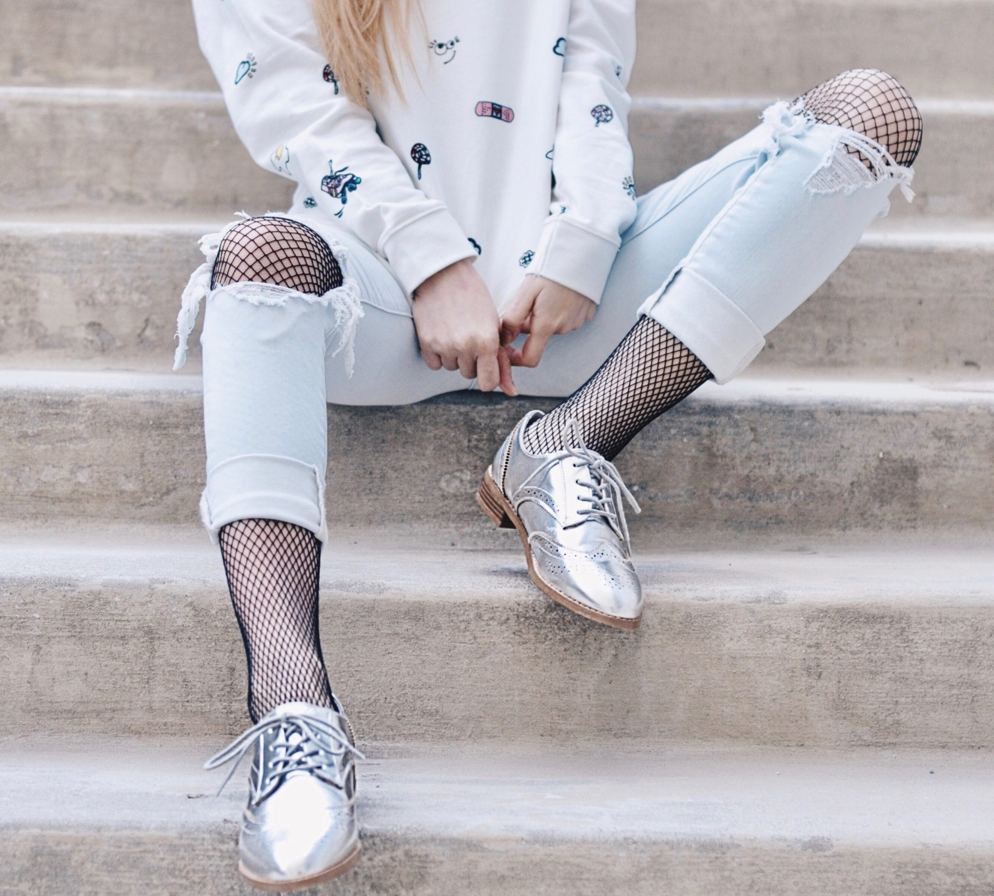 329c370425a2f The first way is to wear the fishnet tights under your distressed jeans and  have them peeked through the holes in your jeans. Don't they just make your  ...